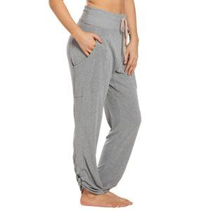 Free People Pants & Jumpsuits - NWT FREE PEOPLE MOVEMENT READY GO RUCHED PANTS S